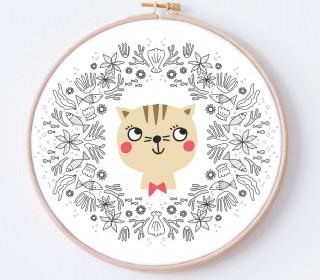 DIY Stickrahmen - Katze - Blütenkanz - Stickrahmen Bild - Maedchenwahn - zum Selbermachen