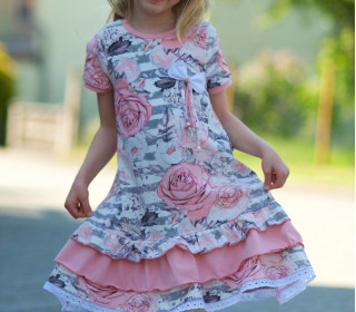Summer Girly Stufenkleid