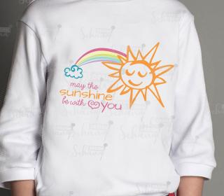 Sommermotiv fröhliche Sonne mit Regenbogen Herz und Wolke