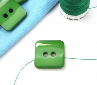 1 Knopf - 18mm - Eckig - Grün