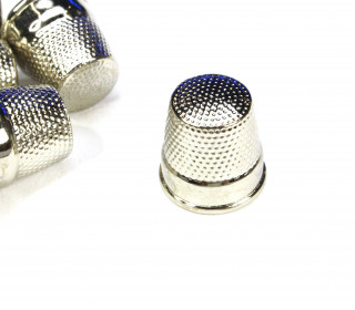 1 Fingerhut - Größe 0 - Bastelhilfe - Metall - Silber