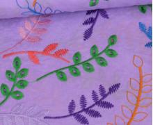 Baumwollstoff - Bunte Lochstickerei - Blumenranken - Lila