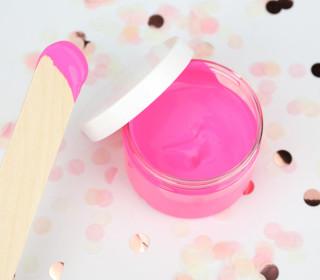 VORBESTELLUNG - Siebdruckfarbe - Neon Pink - 100ml - wasserbasiert - für Textil