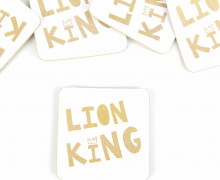 1 KUNSTLEDER LABEL - Bedruckt - Weiß - Heldenzeit - Lion King