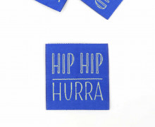 1 XL Label - HIP HIP HURRA - Blau