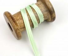 1 Meter Paspelband/Biesenband - Satinoptik - Pastellgrün
