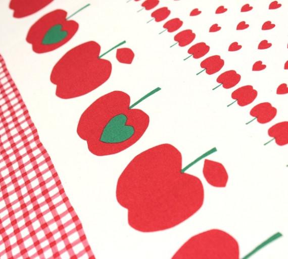 Stoff Apfeltischdecke Rot Kokka Frau Tulpe