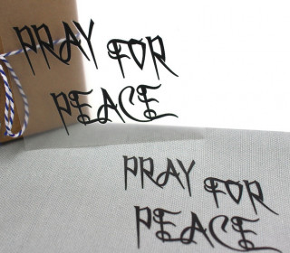 1 Bügelbild - Pray for Peace II - Aufbügler